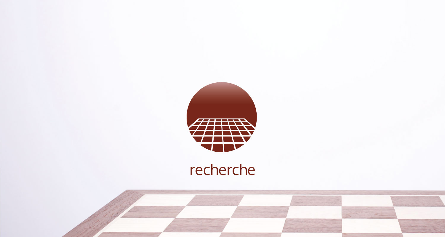 Research icon and chessboard