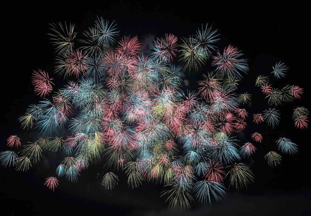 New Years Fireworks Show - Reminds me to keep my New Year's resolution